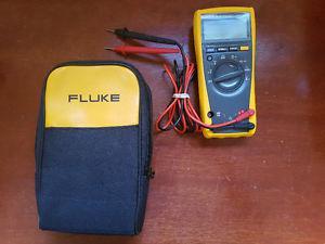 Fluke 177 True RMS Multimeter