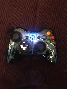 Halo 4 edition, XBOX 360 wireless controller