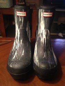Hunter Nightfall boots size 8