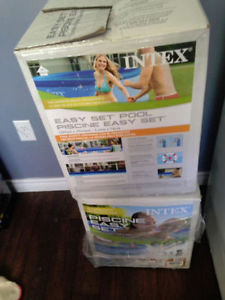 NEW INTEX EASY SET UP POOL PUMP INCLUDED
