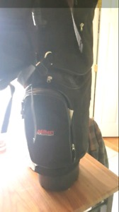 Selling a bran new golf bag never used 50$ OBO