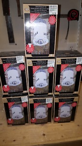 """Seven 3"""" potlights with trims and bulbs brand new!"""