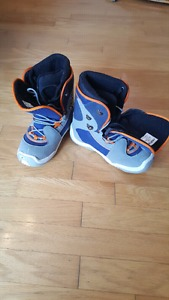Snowboarding Boots Size 9 Like New