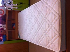 Twin Bed w/ Headboard, Mattress