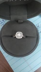 Vera Wang LOVE diamond engagement ring
