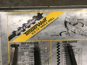 """Black and Decker TIMBERWOLF 1/2"""" angle drill *REDUCED*"""