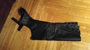 Chaps pour femme en cuir excellente condition