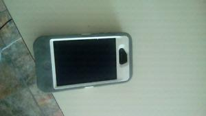 Iphone 4 with outter box