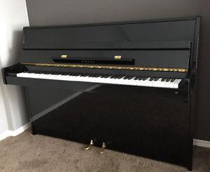 Kawai CX-4S upright piano
