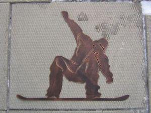 NEW - SNOWBOARDER IN ACTION - METAL HANGING WALL SIGN