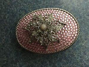 Woman's pale pink rhinestone flower belt buckle