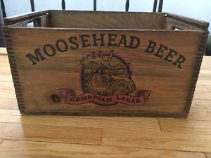 Wooden Dovetailed Moosehead Beer Box Crate With Sliding Lid
