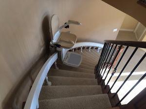 Acorn 180 Stairlift LIKE NEW