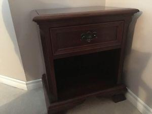 Bed side table Gibbard