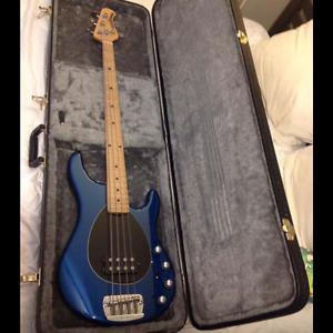 Ernie Ball Music Man Sterling made in USA with hard