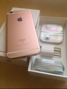 Iphone 6S Fido Like new with Box + Case