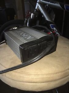 Jensen 400w power inverter (so u can use power cord in car)
