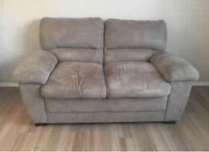 Love seat/sofa