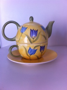 Tea for One - Teapot, cup and saucer