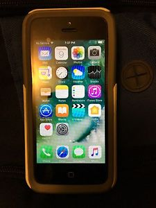 Wanted: iPhone 5c 8gb (locked to MTS)