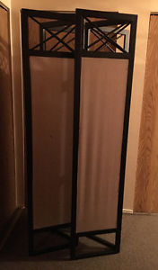 2 Room dividers