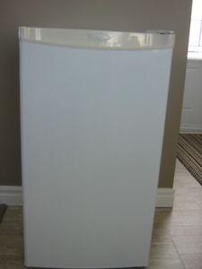 Diplomat mini fridge for sale