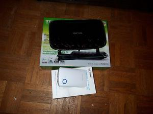 Dual Band Router & Range Extender Package (TP-Link)