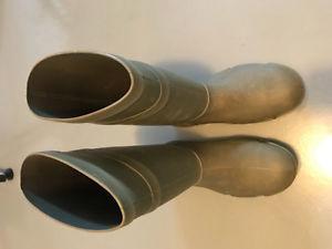 Dunlop steel toe boots