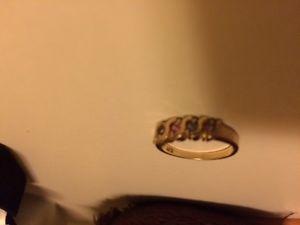Ladies family birthstone ring