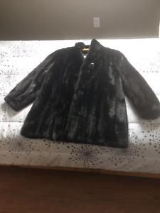 Manteau de fourrure pour dames