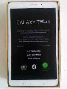 NEW Samsung Galaxy Tab4 8.0 in 16 GB, WITH CASE+SCREEN