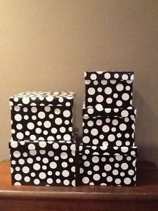 Wanted: Gift boxes