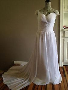 Wedding Dress / Grad Party dress! Great price! Size 4-8!