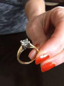 1.01 CT Diamond Ring