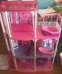 Barbie house and cars