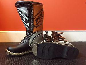FLY 805 Motocross Motorcycle ATV Racing Boots Sz 8 NEVER