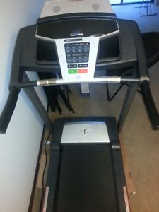 NORDICTRACK TREADMILL IN EXCELLENT CONDITION!! A STEAL!!!