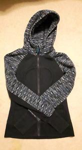Old style lululemon scuba hoodie size 4