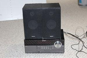 Sony CMT-MX500i - Desktop CD Player Micro Component