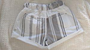 Lululemon shorts size 4 never been worn