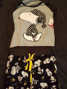 Snoopy Pjs 2 Piece Pajama set with tags size small