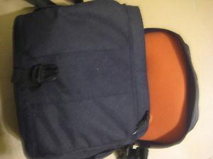 lowepro digital slr camera bag. Shoulder strap. 9X5x8H