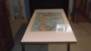 DESK WITH MAP ON TOP WITH METAL LEGS 4 X 2