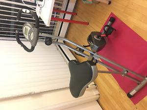 Indoor cycle / exercise bicycle