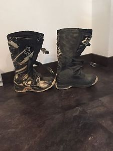 Motor cross boots