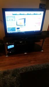 "40"" Plasma LG TV with TV Stand"
