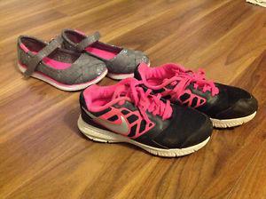 Girls size 2 footwear