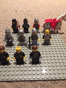Lego knights + police officers