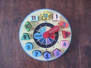 Melissa and Doug wooden clock puzzle