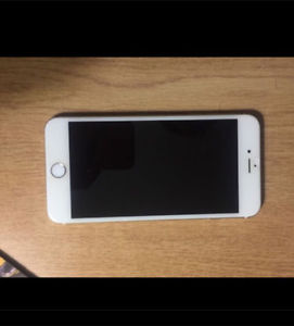 PERFECT CONDITION UNLOCKED GOLD IPHONE 6 PLUS
